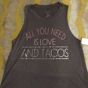 💕All you need is Love and Tacos Tank!